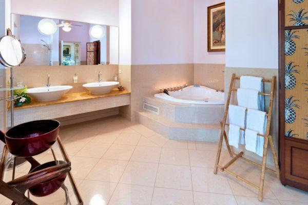 Barbados Bathroom