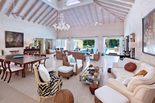 Barbados Lounge