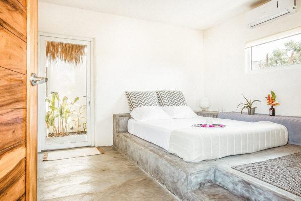 Guatemala Retreat Bed