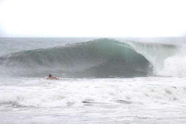 Luxury Escape Wave